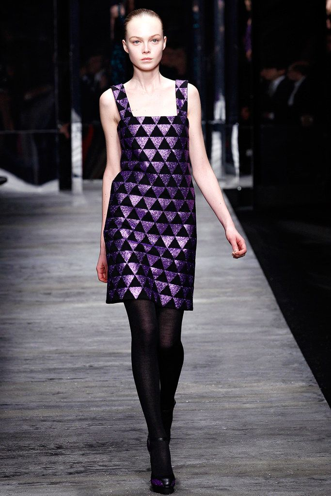 winter coats ladies Versus Versace Fall 2011 Ready to Wear Collection Photos   Vogue