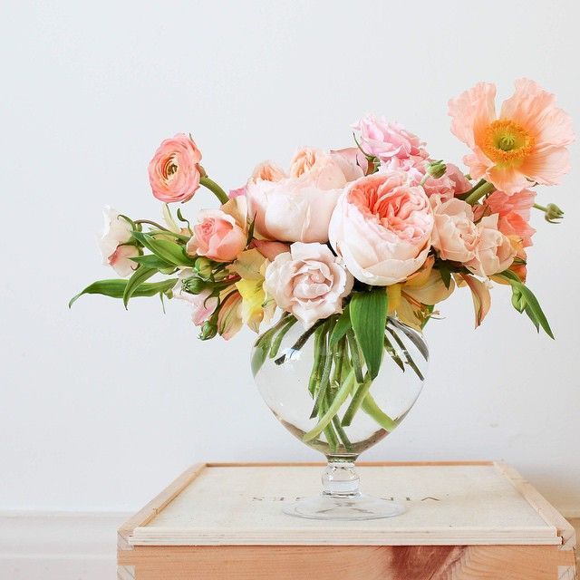 23 Ideas for Spring Vase Arrangements | Pretty Designs