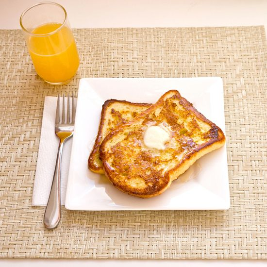 Quick and Easy Breakfast: Baked French Toast | One bowl + one oven = 2 happy hands #chronicallyawesome