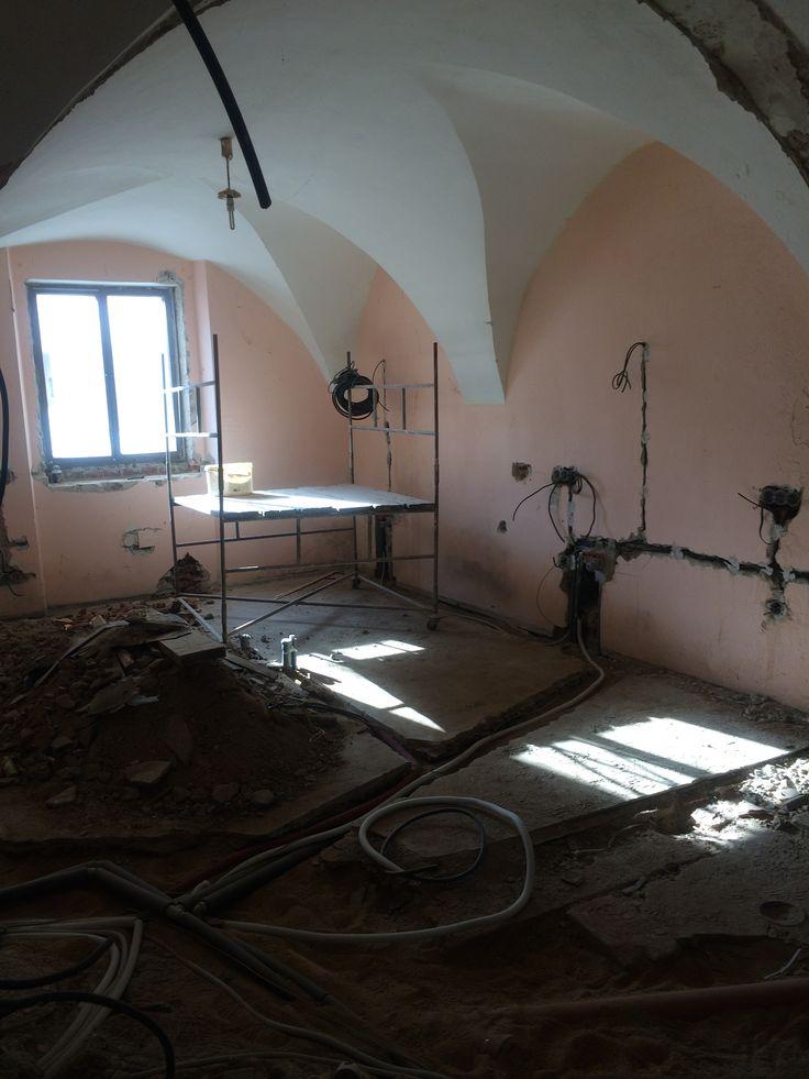 Rekonstrukce kuchyně vinného baru a bistra Thir v Táboře. #thirwinebar http://thir.cz/