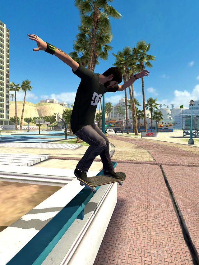 Tony Hawk going mobile this summer with Shred Session.
