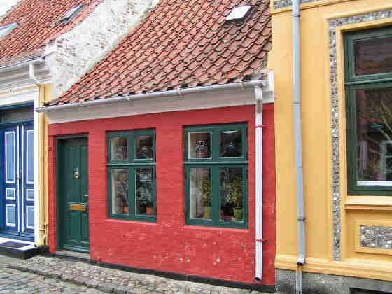 Danmarks smallest house in  Ærøskøbing, Ærø.