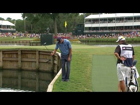 Matt Kuchar's must-see shot on No. 17 at THE PLAYERS