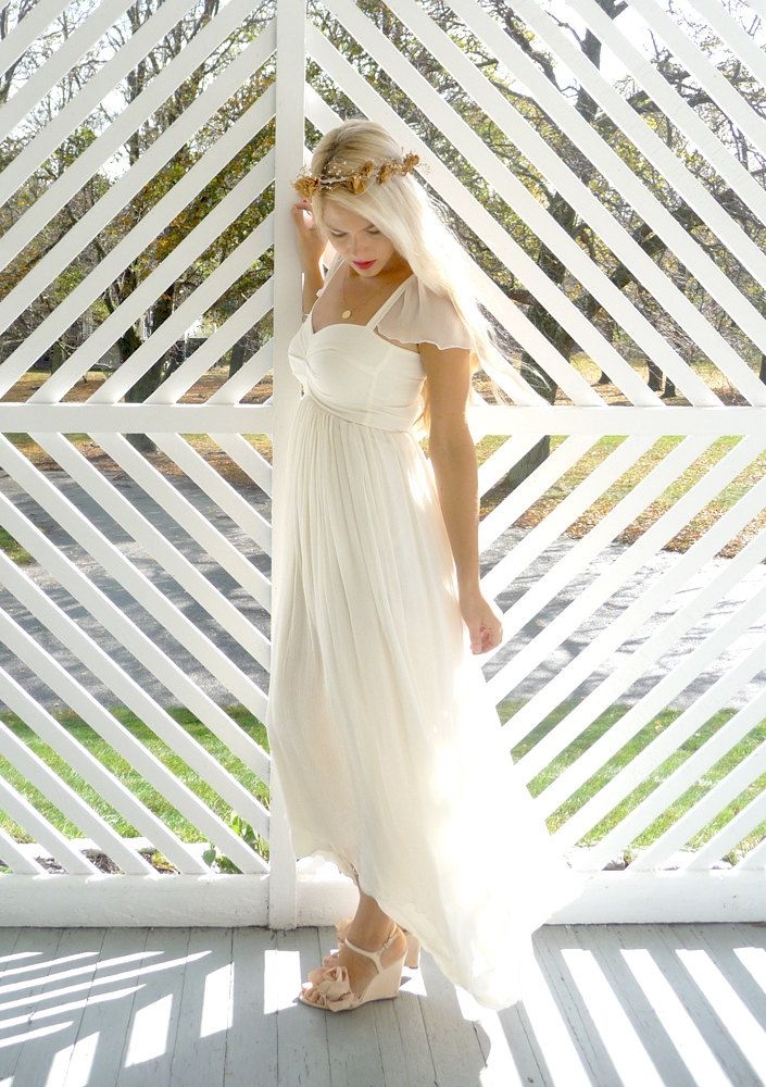 Odessa: Sweetheart boho hippie wedding dress with cap sleeves.