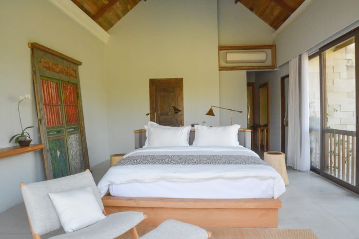 Villa Lumia Bali - Bedroom King Bed www.villalumiabali.com