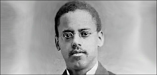 28 Days of Black History Lewis Latimer. Inventor, Engineer, contributor to the patent of the light bulb,  the telephone and much more. Read about him here http://www.biography.com/people/lewis-howard-latimer-9374422