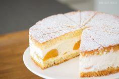 Sallys Blog - Käse-Sahne-Torte Zutaten für einen 26cm Kuchen: Teig: 6 Eier (320 g) 1 Pr. Salz 200 g Zucker 180 g Mehl 60 g Stärke 1 TL Backpulver 60 g flüssige Butter