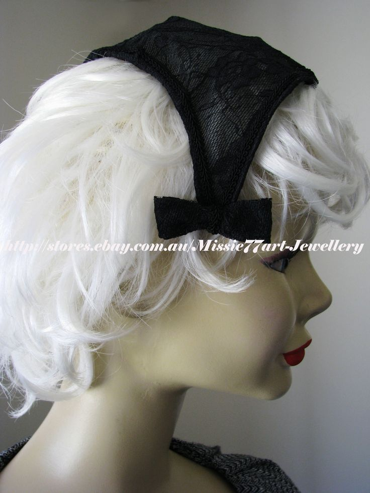 Bow hats are very popular at the moment and this 1940s lace triangle bow hat would make a lovely addition to complete a race day outfit. Available from Missie77art Jewellery on ebay