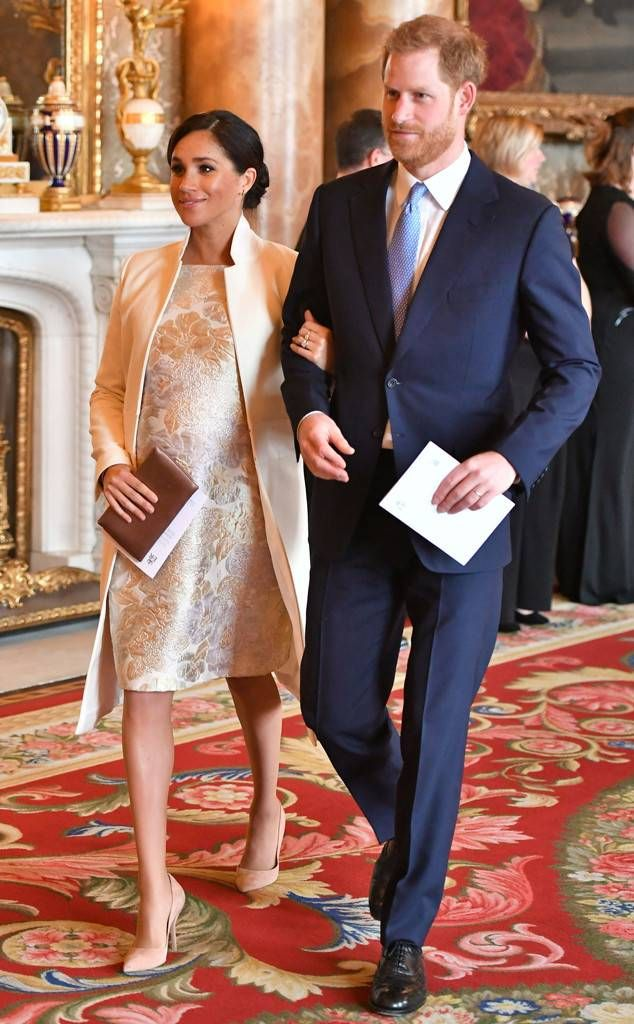 Pin By Jackie S Interests On Harry Meghan In Love Kate And Meghan Prince Harry Meghan Markle Style