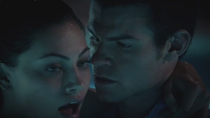 Elijah and Hayley together as the spell lifts. Romantic Moment of the Week: Elijah and Hayley