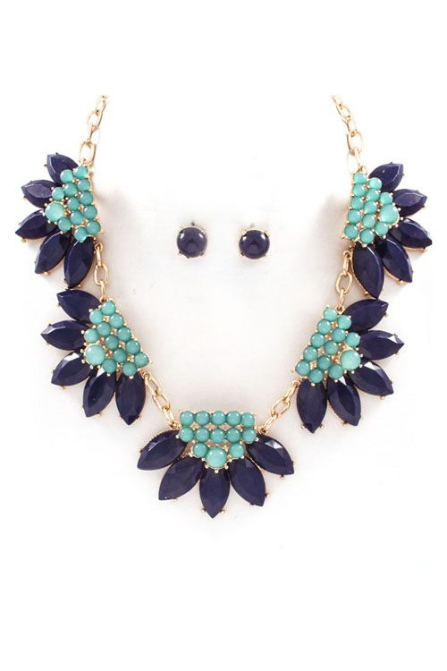 Bobbi Necklace in Elegant Blues
