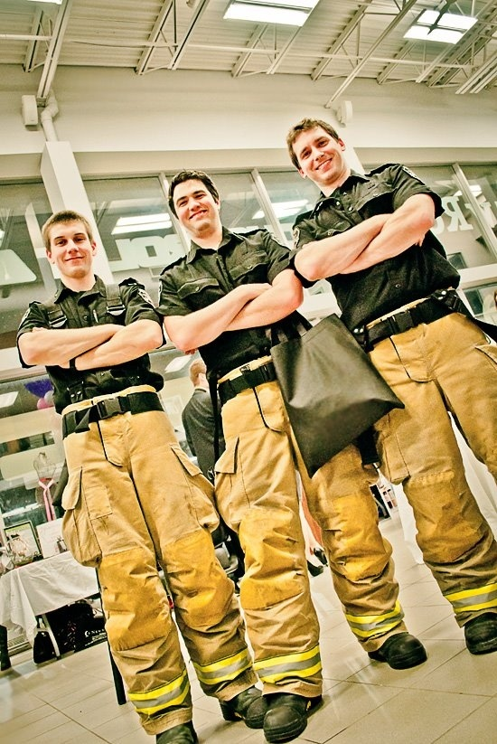 Thank you to  @Shaun Mitchell & Local Fire Fighters for participating at this years #SFAC 4 EVENT!! With any purchase a Charitable Raffle Tickets, you can have a Photo with Shaun Mitchell and the Crew!