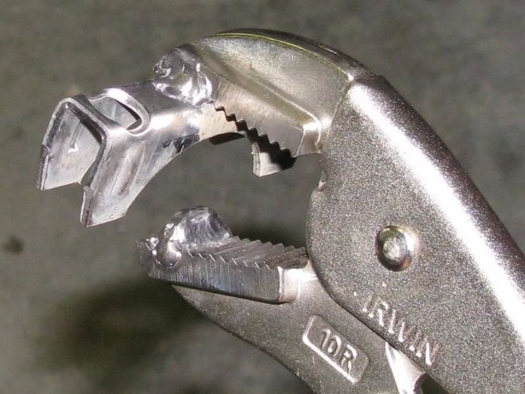 Pipe Beading Tool by lovehamr -- Homemade pipe beading tool constructed from a pair of locking pliers, a muffler clamp, and a Woodruff key. http://www.homemadetools.net/homemade-pipe-beading-tool-6