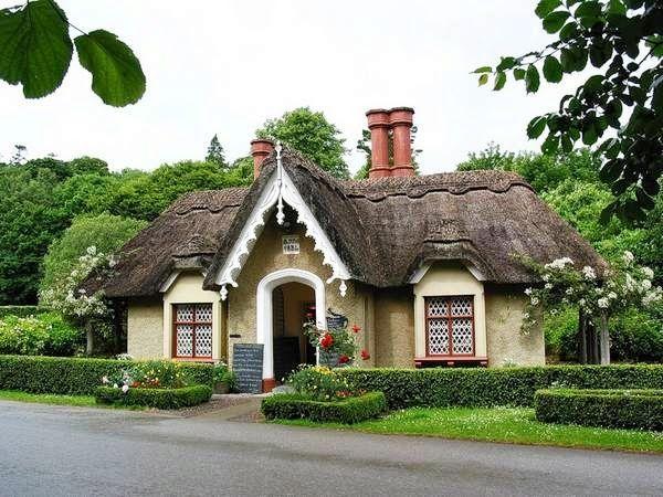les 25 meilleures id es de la cat gorie cottage irlandais sur pinterest chalets irlande d cor. Black Bedroom Furniture Sets. Home Design Ideas