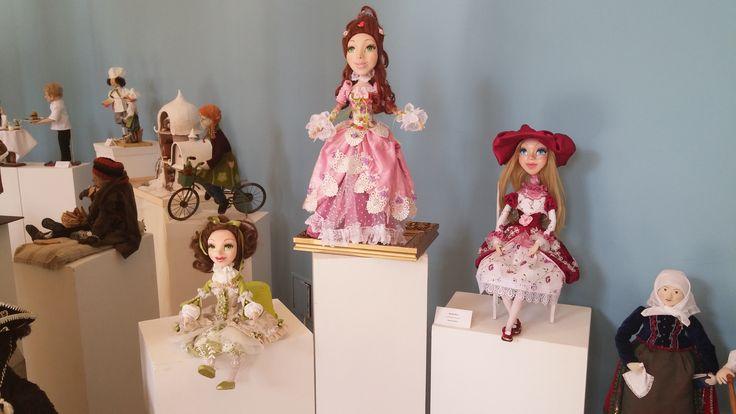Exhibition of dolls. Выставка кукол.