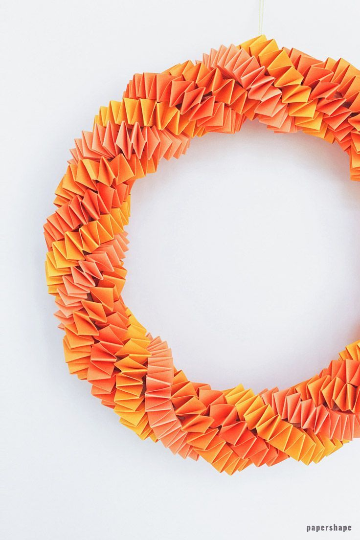 Easy Diy Fall Wreath From Paper Simple Instructions Paper Crafts