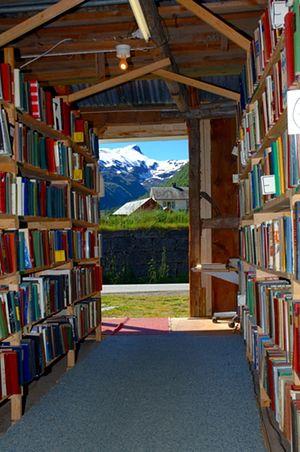 Bücherstadt im schönen Fjordnorwegen: Fjærland! Book Town, Norway