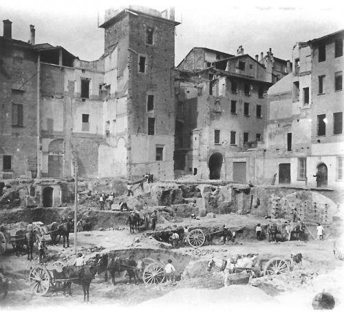 Bologna, cantiere del nuovo Palazzo Ronzani