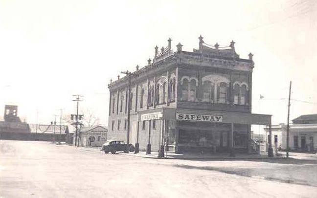 Old Safeway...1947...Taylor, Tx