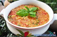 La pappa al pomodoro, insieme alla ribollita, è uno dei piatti più poveri ma sicuramente uno dei più rappresentativi della filosofia della cucina toscana.