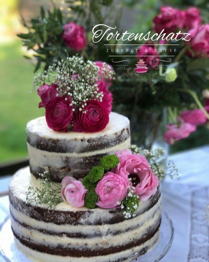 Naked cake, Kurse und andere Rezepte bei www.tortenschatz.de  #tortenschatz #tortendesign #cakedesign #tortenshop #onlineshop #nakedcake #weddingcake #amazingcake #cakedesign #torte #tortendeko #