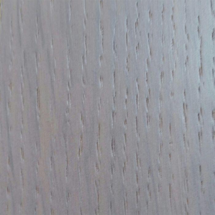 Tinte para la madera color blanco, de fácil aplicación y secado muy rápido. El repintado de este tipo de tinte debe realizarse con barnices acrílicos al disolvente o al agua para evitar el amarilleo del mismo. Puede mezclarse con otros tintes al disolvente para obtener nuevos tonos. http://lacasadepinturas.com/producto_detalle.asp?id_producto=902