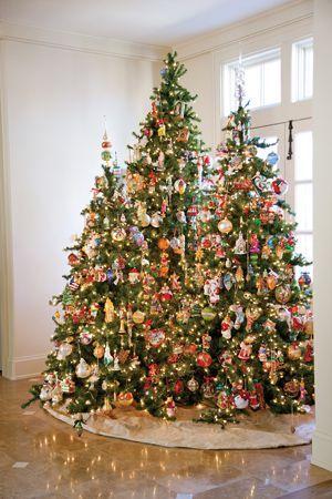 #Christmas Tree With Colorful Theme