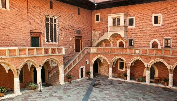 Late gothic courtyard of the Collegium Maius of Kraków Academy was constructed before 1492