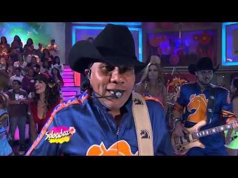 Medley Bronco/ Sergio El Bailador/ Que No Quede Huella/ Amigo Bronco (Live) - YouTube