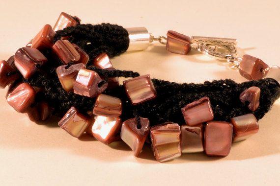Crochet and minerals - pearl bracelet, summer jewelry, handmade bracelet
