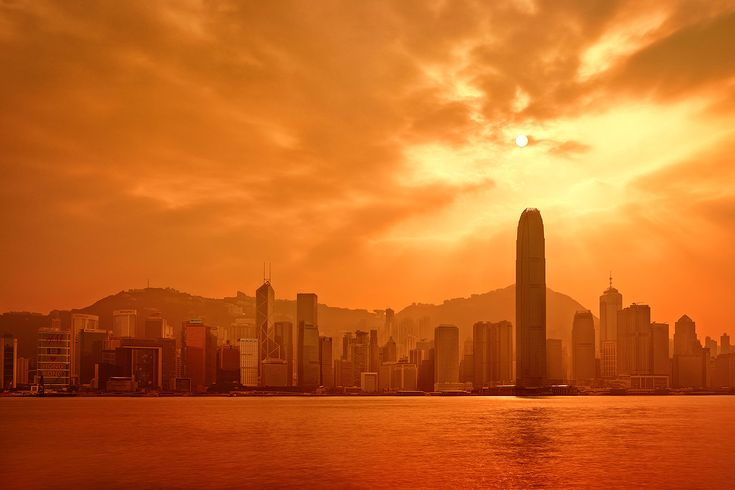 from-the-heavens-hong-kong-victoria-harbour-skyline-sunset-sky-paul-reiffer-professional-landscape-photographer@2x.jpg (JPEG Image, 1446 × 964 pixels) - Scaled (65%)