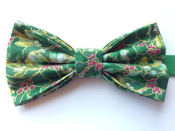 Christmas Bow Tie Holiday BowTie Christmas Holly by WatfordTies