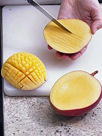 Video-Kochschule: Mango schneiden - BRIGITTE