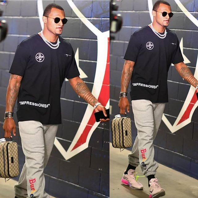 f607e706f63 SUNDAY  Texans QB  DeshaunWatson arrives for gameday wearing  OffWhite