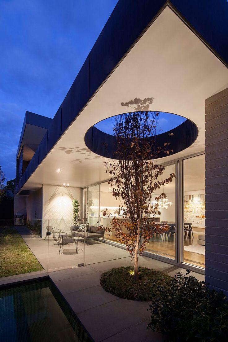 Malvern East Residence By Pleysier Perkins, Landscape Design: Jack Merlo  Design, Builder: Wade Builders, Photography By Hilary Bradford