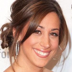 Danielle Jonas - Bio, Facts, Family | Famous Birthdays
