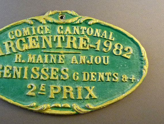 #Agricultural cattling #prize, french cattle #trophy plaque given to a farmer in 1982, for its great work as a cattle breeder. This painted metal plaque was traditionally hang... #agricultural #award #1982