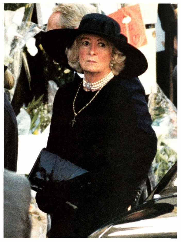 frances burke roche at diana s funeral august 6th 1997