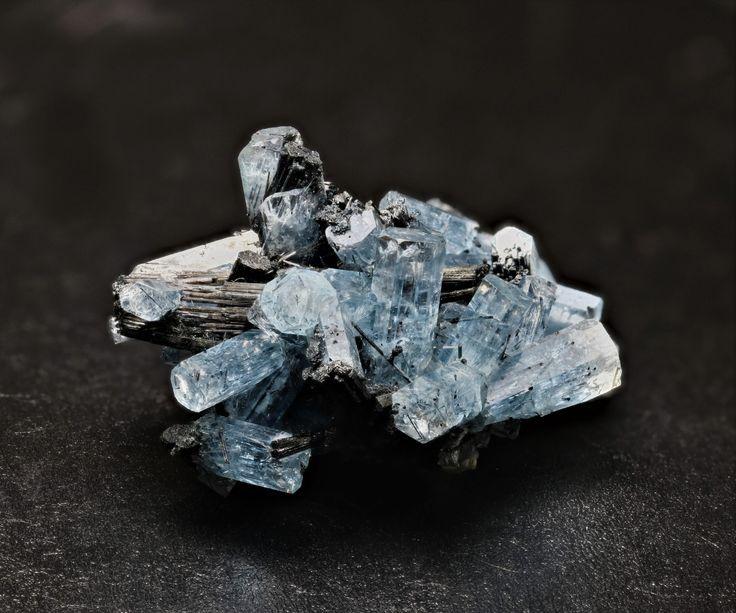 Aquamarine, Erongo, Namibia. 3cm