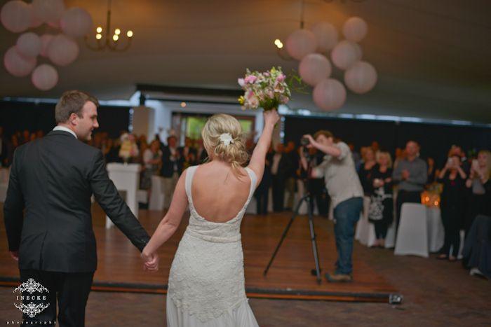https://ineckephotography.wordpress.com/2014/10/02/martie-guillaume-wedding-day-rhebokskloof/