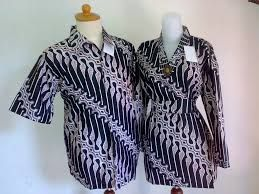 Batik dari Indonesia yang sudah menjadi warisan budaya, sudah mendunia juga. #PINdonesia #OndeMonday