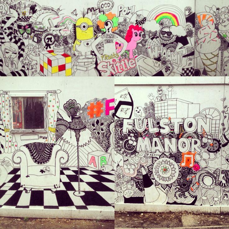Doodle art on hoarding
