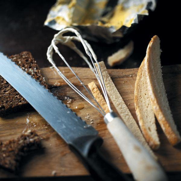 Hvidløgsbrød med persillepesto