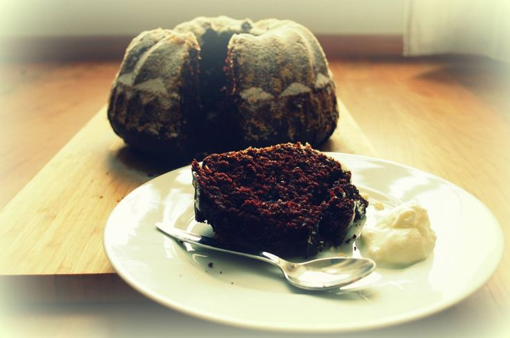 Kakaová bábovka s podmáslím a kokosem