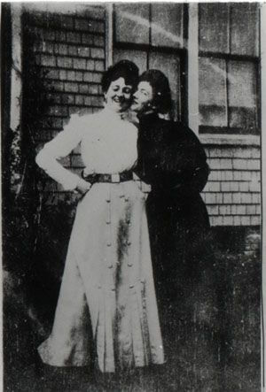 L.M. Montgomery (left) and Nora Lefurgey in 1903. Blog post on their friendship, and their collaborative diary, by Emily Midorikawa and Emma Claire Sweeney, at their wonderful blog about friendships between women writers: http://somethingrhymed.com/2014/11/03/nora-lefurgey-and-l-m-montgomery/