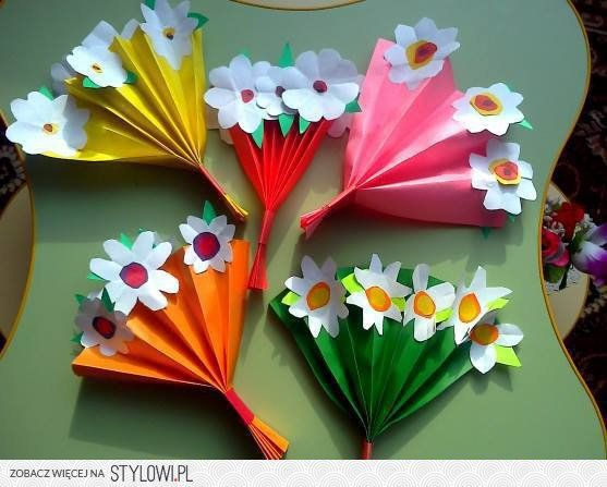 Preschool flower bouquet craft