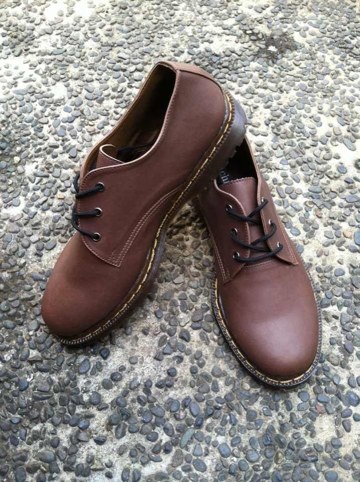 Custum shoes start from 260k!!! #docmart #localbrandid #madeinindonesia