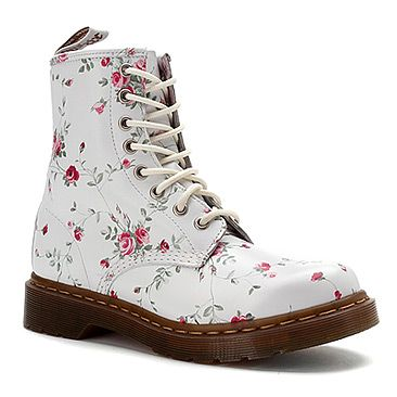 17 best images about shoes ulzzang o on pinterest dr martens cat shoes and women 39 s boots. Black Bedroom Furniture Sets. Home Design Ideas
