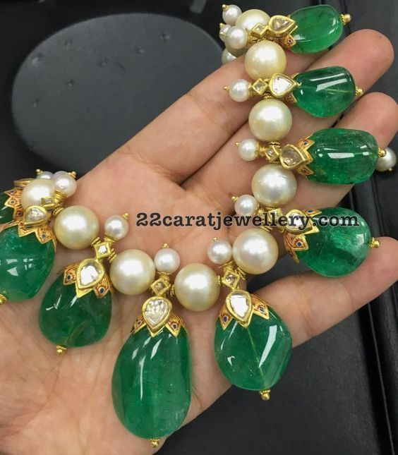 Very large 8mm size south sea parls, simple uncut diamonds studded designer necklace with 22 carat gold. Very large emeralds drops hangin...