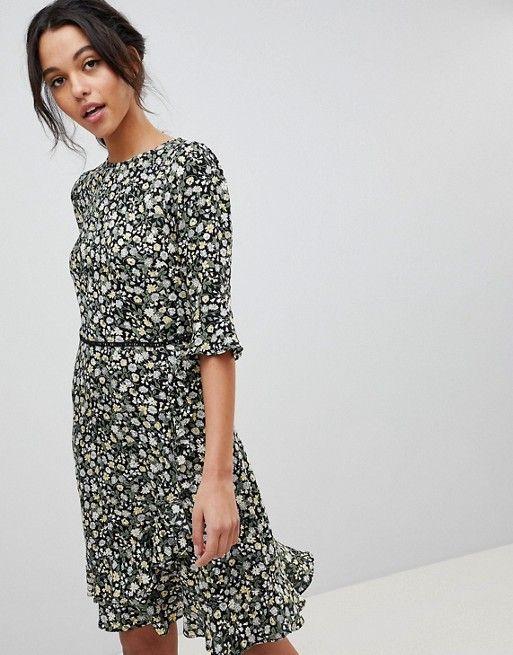09844bf3711 Oasis Ditsy Floral Print Frill Hem Skater Dress in 2019   Garb   Oasis dress,  Dresses, Skater dress
